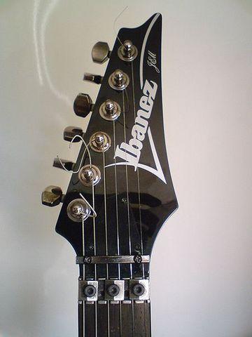 IbanezJem555BK-headstock.jpg